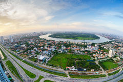 Panoramablick von Thanh Da-Halbinsel, Ho Chi Minh-Stadt (alias Saigon) im Sonnenuntergang durch fisheye Linse, Vietnam Stockfotos