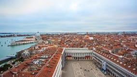Panoramablick von Venedig vom Glockenturm di San Marco Lizenzfreie Stockfotografie