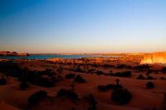 Panoramablick zur Yoa Seegruppe Ounianga-kebir Seen beim Ennedi, Tschad stockbild
