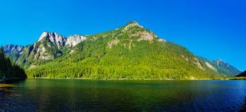 Panoramaformatfoto av Silver Lake i Silver Lake Prov Royaltyfri Fotografi
