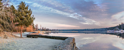 Panoramaic view on riverside at sunrise Royalty Free Stock Photos