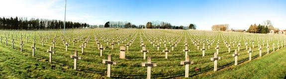 Panoramakirchhof von französischen Soldaten von Weltkrieg 1 in Targette Lizenzfreie Stockfotografie