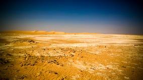 Panoramalandschap bij Grote zandoverzees rond Siwa-oase in Egypte stock foto's
