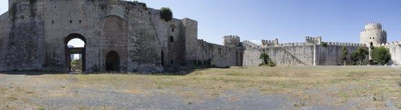 Panoramamening van de Byzantijnse vesting-gevangenis van Yedikule in Istanboel stock afbeelding
