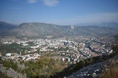 Panoraman av Mostaren från mumlet fotografering för bildbyråer