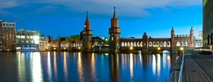 Panoramaoberbaumbro, berlin, Tyskland Royaltyfri Bild