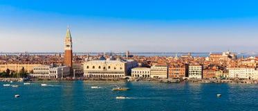 Panoramapiazza San Marco in Venetië, mening vanaf de bovenkant Royalty-vrije Stock Foto