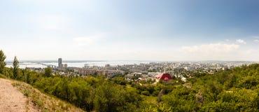 PanoramaSaratov stad Arkivfoton