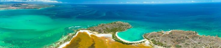 Panoramasatellietbeeld van Puerto Rico Faro Los Morrillos DE Cabo Rojo Het strand van Playasucia en Zoute meren in Punta Jaguey stock afbeeldingen