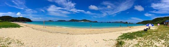 Panoramasikt av den Ama stranden på den Zamami ön, Okinawa, Japan Royaltyfria Foton