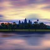 Panoramasikt av den Angkor Thom templet på solnedgången cambodia Royaltyfria Bilder