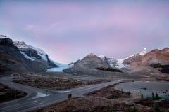 Panoramasikt av Icefield och glaciärer Arkivfoto