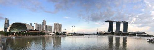 Panoramasikt av Marina Bay i Singapore Royaltyfri Foto