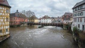 Panoramasikt på floden Pegnitz i Nuremberg fotografering för bildbyråer