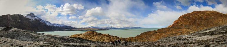 Panoramasikt på sjön Viedma från den Viedma glaciären, sydligt Patagonian isfält, El Chalten, Argentina Royaltyfria Bilder