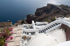 Panoramaterrass av den Santorini calderaen Royaltyfria Foton