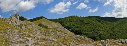 Panoramatic взгляд от hora Jelenia холма на окрестностях Стоковые Фото