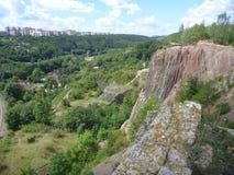 Panoramatic sikt av den Prokopske dalen i prague Fotografering för Bildbyråer