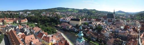 Panoramautsikt över ÄŒeskà ½ Krumlov - Krumau, Tjeckien arkivfoton