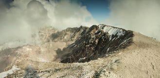 Panoramautsikt av överkanten av den Mount Saint Helens vulkan Royaltyfria Foton