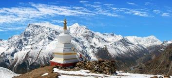 Panoramautsikt av Annapurna område Arkivbilder