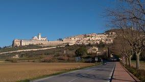 Panoramautsikt av Assisi, Italien fotografering för bildbyråer