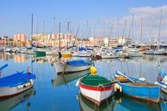 Panoramautsikt av Bisceglie Puglia italy arkivbild