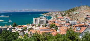 Panoramautsikt av Cesme, Turkiet Arkivbilder