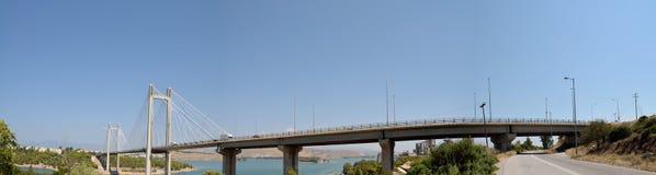 Panoramautsikt av chalciss bro i Grekland arkivfoto