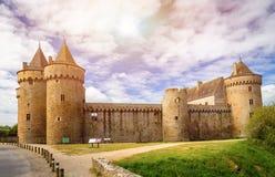 Panoramautsikt av Chateau de Suscinio, medeltida slott, en gamla arkivbilder