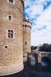 Panoramautsikt av Chateau de Suscinio, medeltida slott, en gamla arkivfoto