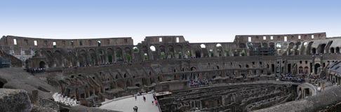 Panoramautsikt av Colosseumen i Rome Italien Arkivbild