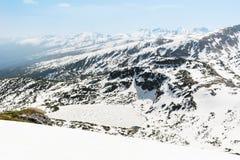 Panoramautsikt av de sju Rila sjöarna i det Rila berget, Bulgarien Royaltyfri Bild