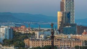 Panoramautsikt av den Barcelona staden från den bergMontjuic timelapsen stock video
