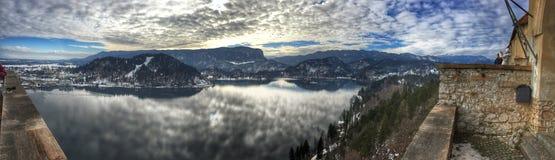 Panoramautsikt av den blödde sjön, Slovenien Fotografering för Bildbyråer