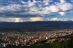 Panoramautsikt av den Bogota staden Arkivbild