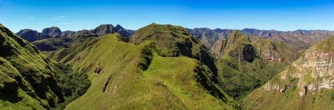 Panoramautsikt av den Cerro domkyrkan, Codoen de los Anderna & x28en; Armbåge av Andes&en x29; , Samaipata, Sucre, Bolivia Arkivfoton