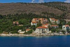 Panoramautsikt av den Fiskardo byn, Kefalonia, Ionian öar, Grekland arkivbilder