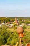 Panoramautsikt av den gamla staden av Borovsk, Ryssland arkivbilder