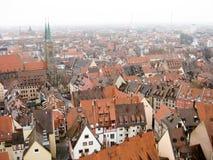 Panoramautsikt av den gamla staden av Nuremberg i vintertid Royaltyfri Fotografi