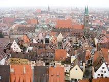 Panoramautsikt av den gamla staden av Nuremberg i vintertid Arkivfoton