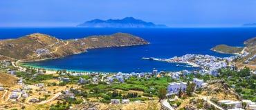 Panoramautsikt av den härliga Serifos ön Royaltyfria Bilder
