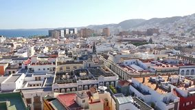 Panoramautsikt av den Las Palmas de Gran Canaria staden, kanariefågelöar, Spanien arkivfilmer