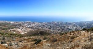 Panoramautsikt av den medelhavs- kustlinjen, Benalmadena (Spanien) Fotografering för Bildbyråer