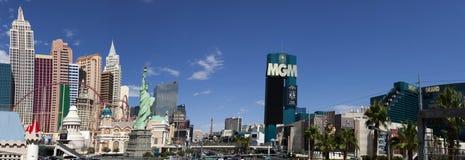 Panoramautsikt av den nya York-nya Yorken och Mgm Grand kasinot Arkivfoto