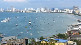 Panoramautsikt av den Pattaya stadsstranden och golfen av Siam i Thailand Thailand Pattaya, Asien arkivfilmer
