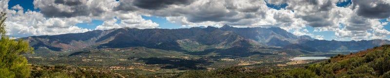 Panoramautsikt av den Regino dalen i den Balagne regionen av Korsika Royaltyfria Foton