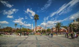 Panoramautsikt av den Sultanahmet fyrkanten med den Hagia Sophia mosquen Royaltyfri Bild