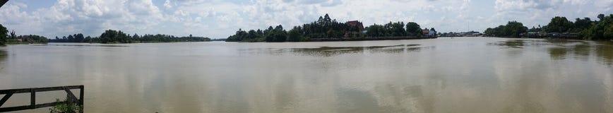 Panoramautsikt av den Tapi floden, Surat Thani Arkivfoton