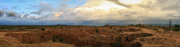 Panoramautsikt av den Tatacoa öknen, Colombia Arkivfoto
